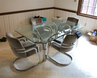 Chrome Craft glass table and chairs. Excellent condition