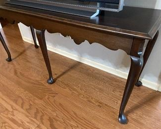Beautiful  sofa/foyer table.