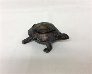 "Hinged Turtle Ash Tray, 5"" L."