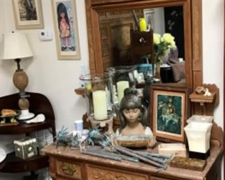 Antique Victorian Chest and Mirror.