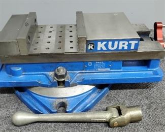 Kurt Anglock Vice Model #D-675