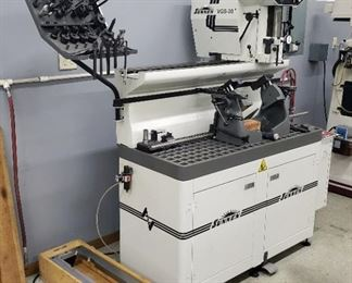 """Sunnen Valve Guide And Seat Machine Model # VGS-20, Includes Tooling And 32"""" Table"""