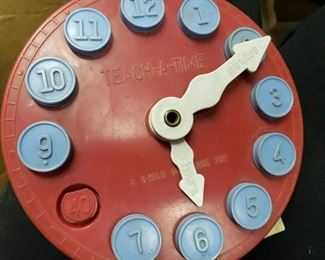 Teach A Time Clock with missing 8 number . $10