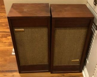 BU1049: HH Scott Vintage Speakers Wood Cabinets 3rd Party Shipping Untested	 Auction