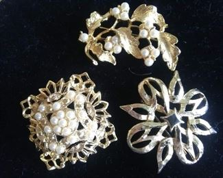 Goldstone Brooches $24