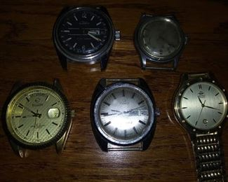 Lot of Men's Watches  Include brands like Timex, Elgin, ect. $35