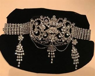 FABULOUS RHINESTONE CHOKER & EARRINGS