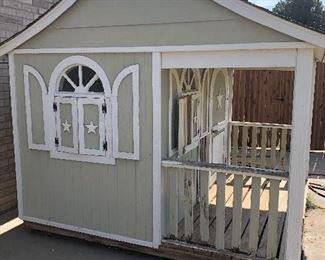 Play house/dog house