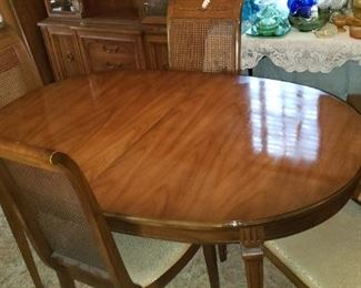 50% OFF Dining table and 4 Chairs with 2 leafs For Pick up Appointment  Please call or text 760-662-7662