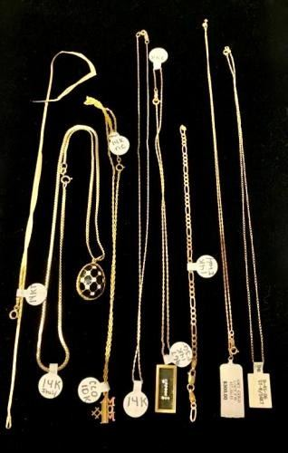 Find Gold Chains and More https://ctbids.com/#!/description/share/405148