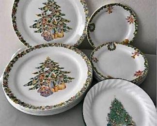 Vintage Christmas Corelle https://ctbids.com/#!/description/share/405012