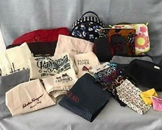 Designer Shoe and Purse Bags /Cosmetic Bags https://ctbids.com/#!/description/share/405043