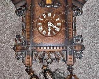 Cookoo Clock https://ctbids.com/#!/description/share/405132