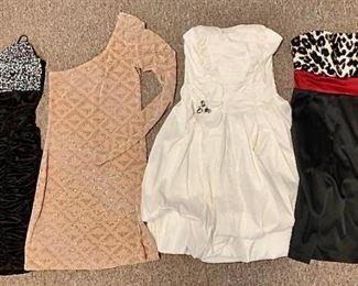 Strapless Dresses https://ctbids.com/#!/description/share/405171