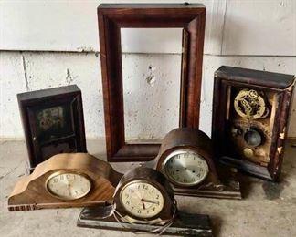 Vintage clocks/parts #2 https://ctbids.com/#!/description/share/405238