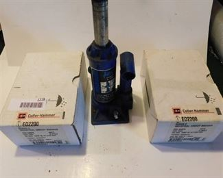 HydraulicJack and circuit breakers