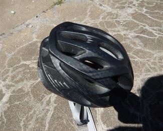 16 BikeHelmet