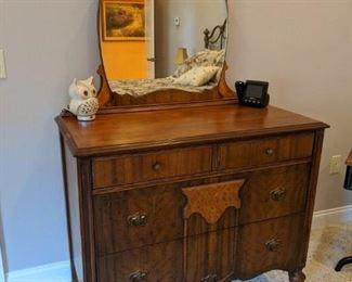 Vintage Dresser Circa 1925 $100
