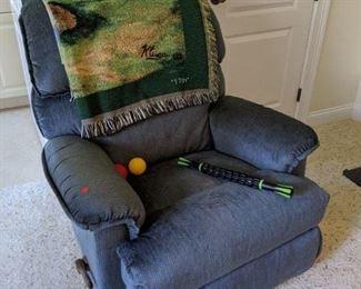 Lazyboy recliner $85.00