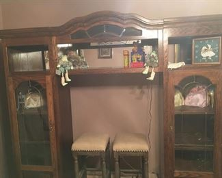 Display Cabinets - Wall Unit ( Middle Section can be removed for free standing cabinets)