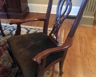 $2,800 - Kincaid Chippendale-style solid mahogany arm chair included in dining table and set/6 chairs for sale. Rug not included in sale.