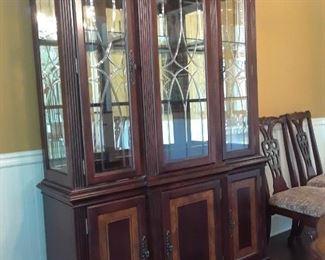 Lighted china cabinet, mahogany, glass doors