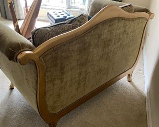 "DREXEL HERITAGE ANTIQUE FRENCH STYLE SETTEE / COUCH / LOVE-SEAT  65""L x 39""W x 42.5""x H  $450"