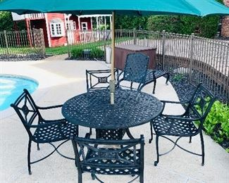 FRONTGATE PATIO FURNITURE- ROUND TABLE AND 4 CHAIRS $500