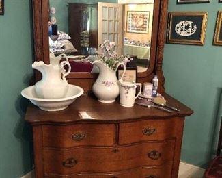 Antique Beveled Tiger oak dresser with mirror $540