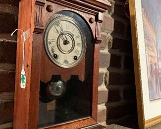 #6 - $100 - Antique Mantle Clock