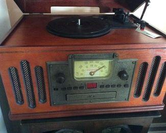 Turntable, cassette & cd needs needle $50.00