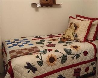 twin bed with cute comforter & pillow set