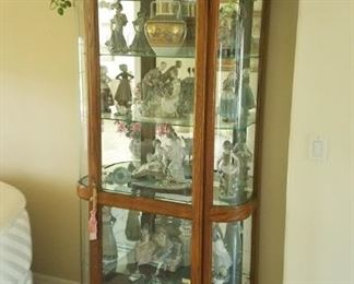 Beautiful lighted oak display cabinet