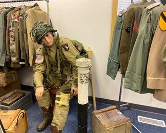 Airborne uniform 175.00 mannequin not included