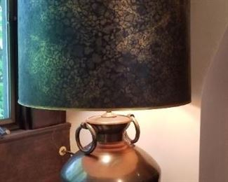 #302 vintage 2 bulb lamp   $25