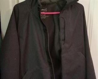 #186 LL bean regular small polar tech jacket with hood $10