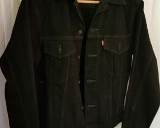 #156 levis jean jacket size small   $15
