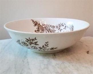 #49   maddocks washbowl  14 inch diameter. $5