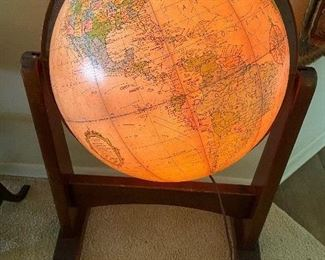 16 inch Heirloom Globe that lights up by Replogle on stand