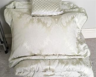 Quality King Size Bed Set.