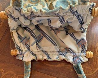 Lot B5 - Handmade Velvet Sewing Bag/Purse, $15