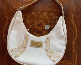 Lot B8 - White XOXO Shoulder Bag, $8