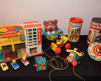 Vintage 1970's Era Preschool Toy Collection #2 https://ctbids.com/#!/description/share/410998