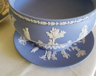 Wedgewood Compote and Underplate-125