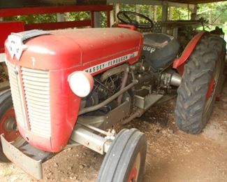 Massey Ferguson Tractor, Model SNMY, 1959, 4 Clyl diesel