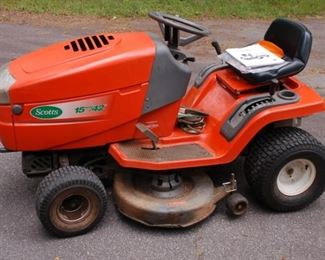 "Scotts Yard tractor, 15hp, 42"", Model 42531X8A"