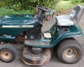 "Craftsman Lawn Tractor, LT1000,, 917.271654, 17HP, 42"""