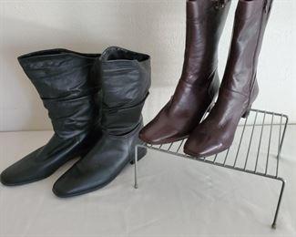 2 Womens Boots  Antonio Melani