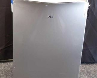 LG Portable Air conditioner LG portable air conditioner, heater, fan. Powers on and cooled well. Comes with Remote.