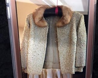 Vintage Jacket with fur collar $30.00